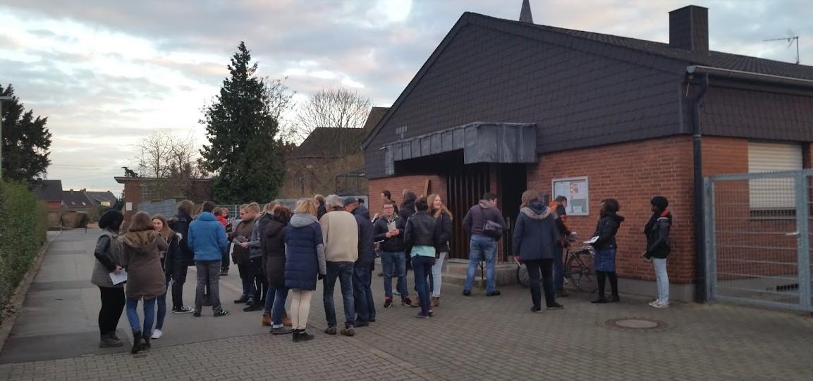 Impressionen vom  Pfarr- u. Jugendkreuzweg Oberzier über Niederzier nach Hambach