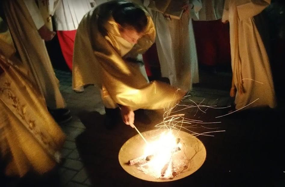 Osternachtsmesse der Pfarrgemeinden in Niederzier 2016
